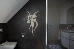 materialien die kraft des wassers nutzen arcut wasserstrahlschneiden. Black Bedroom Furniture Sets. Home Design Ideas